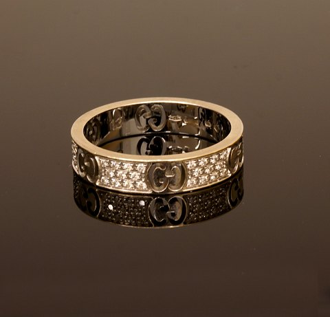 Gucci, Icon Stardust ring, 18kt hvidguld med 