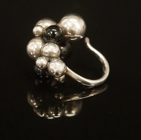 Georg Jensen: Moonlight Grapes ring i sterlingsølv 